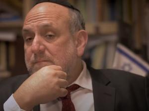 Teraz każdy akt nienawiści Michała Sz. idą na konto poręczających od ks. Bonieckiego po rabina Schudricha