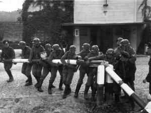 Prof. Romuald Szeremietiew: Kulawy realizm - słów kilka z racji rocznicy 1939