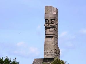 Zidentyfikowano szczątki pięciu polskich żołnierzy poległych na Westerplatte