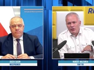 """Ostra dyskusja na antenie RMF FM. Sasin przeprasza Mazurka: """"Jest mi przykro"""""""