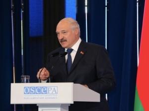 Łukaszenka grozi wojskiem na granicy z Polską. MON reaguje!