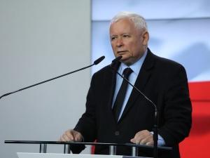 Zjawisko dewastujące życie publiczne (...) patologia. Kaczyński tak mocno o sądach nie mówił jeszcze nigdy