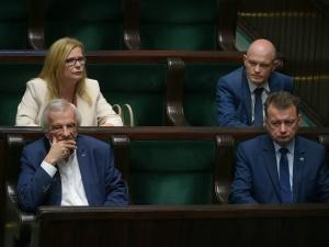 WP: Koalicjant PiS zgłosi poprawki do kontrowersyjnej ustawy. Terlecki dzwoni po posłach