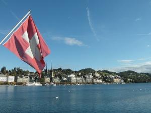 Mamy przed sobą wspaniałą przyszłość. Zadowolenie w UE z powodu wyniku referendum w Szwajcarii