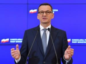 Polska i Węgry grają va banque i blokują koronafundusz żeby nie dopuścić do połączenia wypłat z praworządnością