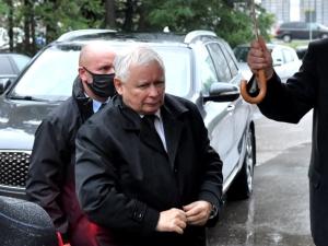 WP: Bunt wśród senatorów PiS? Kaczyński wysłał listy z ostrzeżeniami