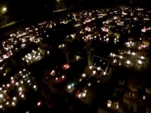 Czy cmentarze na 1 listopada będą zamknięte? Jednoznaczna odpowiedź Gowina