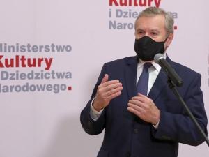 Min. Gliński o wygranej Jana-Krzysztofa Dudy: To już się staje przytłaczające, ale co robić, udźwigniemy