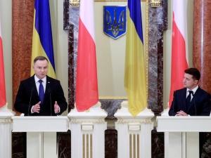 Deklaracja prezydentów Polski i Ukrainy: Należy zapewnić możliwość poszukiwań i ekshumacji ofiar XX w.