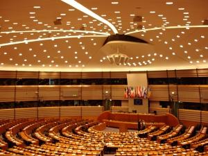 Kolejna sesja plenarna PE w Strasburgu odwołana. Powodem koronawirus