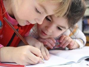 Trzeba chronić także dzieci otyłe, niesprawne, źle ubrane, w okularach. Nauczycielka odpowiada zwolennikom politycznej poprawności