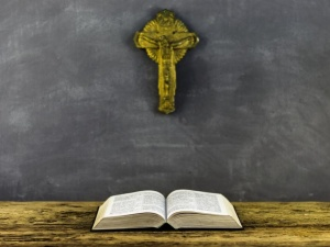 Po interwencji Ordo Iuris krzyże wróciły do szkoły