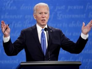 """Biden zapowiada wygaszenie przemysłu naftowego. """"Trumpdostrzeże błąd demokraty"""""""
