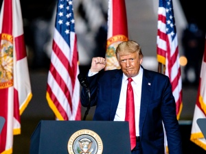 Na gościa, który nazywa się Trump. Prezydent USA oddał głos w wyborach