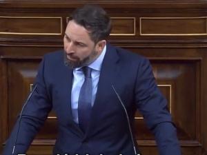 Santiago Abascal (VOX) w hiszpańskim parlamencie: Polska, Węgry są antyeuropejskie? Bo wy tak mówicie?
