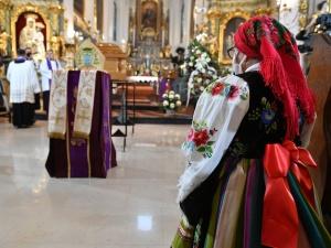 Biskupie Józefie wstawiaj się za nami u Matki Zbawiciela. Polska żegna dziś śp. bp. Józefa Zawitkowskiego