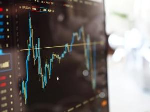 GUS: Nadwyżka w obrotach towarowych handlu zagranicznego po wrześniu wyniosła 7,5 mld euro