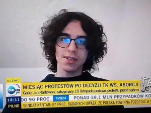 """[video] Patriotyzm jest absolutnie rzeczą złą"""".17-latek ze Strajku Kobiet szokuje w TVN24"""