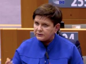 [video] Beata Szydło ostro w PE: Ci, którzy tyle mówią o praworządności, sami chcą ją łamać
