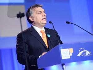 Orban: Europa nie może skapitulować przed siatkąSorosa