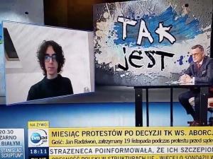 """[Video] Patriotyzm jest czymś absolutnie złym"""". 17-letni uczestnik protestów szokuje na antenie TVN24"""