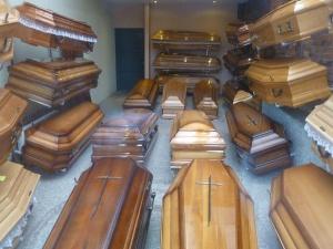 Branża pogrzebowa mimo pandemii przeżywa poważny kryzys finansowy