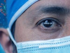 [Tylko u nas] Dr Rafał Brzeski: 29 grudnia 2019 r. lekarz szpitala w Wuhan odebrał alarmujący telefon...