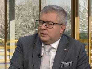 KE wszczęła procedurę wobec Polski. Czarnecki: to presja by rezygnować z weta