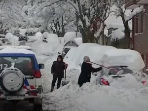 Sztorm Dora sieje spustoszenie. Europa zasypana śniegiem