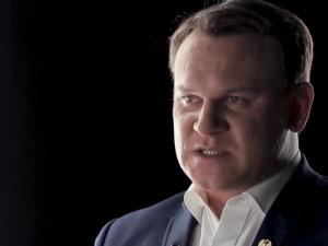 """""""Tyle warte, co jego rozmowy zBarackiemObamą"""". Tarczyński ocenia list Trzaskowskiego do szefowej KE"""