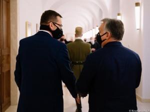 Najpóźniej do jutra. Nieoficjalnie: Bruksela chce postawić Polsce i Węgrom ultimatum