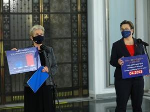 [video] Zgony z okazji epidemii koronawirusa. Fatalna wpadka senator KO