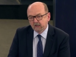 Prof. Legutko: Całe to rozporządzenie jest bandyckie. Będzie kontratak