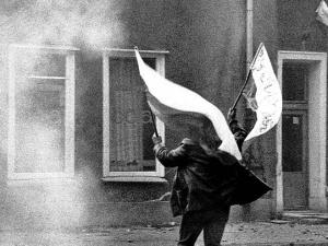 Wojna polsko-jaruzelska: Stan wojenny był wymierzony przede wszystkim w Solidarność