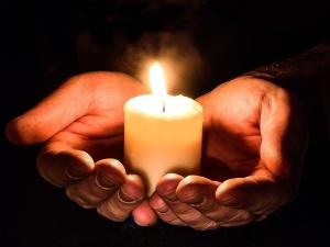 Internauci pamiętają o 13 XII. Zapalili #ŚwiatłoWolności