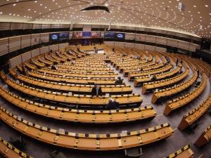 """""""Konkluzje Rady UE zbędne"""". PE przyjął krytyczną rezolucję w sprawie szczytu UE"""