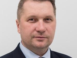 Minister Czarnek: Mamy obowiązek chronić dzieci i młodzież przed demoralizacją