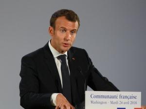 Emmanuel Macron z COVID-19. Nowe informacje o stanie zdrowia