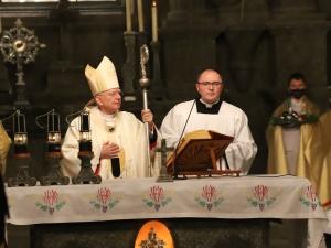 Abp Marek Jędraszewski: Radujmy się! Bóg jest z nami, bo chce nas zbawić