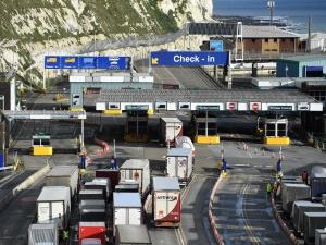 Szef MON: Korek w Dover jest już rozładowany