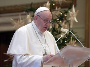 Papież: Święta Rodzina punktem odniesienia i inspiracją dla wszystkich rodzin