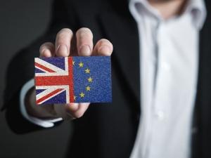 Nieoficjalnie: Państwa UE zatwierdziły umowę o handlu z Wielką Brytanią