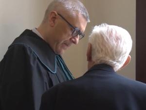 Giertych uważa, że postawione mu zarzuty prokuratorskie wynikają z planów... kradzieży banku Czarneckiego