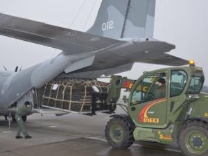 Polscy żołnierze polecieli udzielać pomocy Chorwatom. Min. Błaszczak: Dostarczą namioty mieszkaniowe
