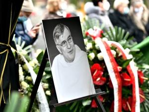 Pogrzeb ojca Macieja Zięby. Otrzymał pośmiertnie Order OdrodzeniaPolski