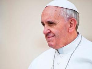 Papież modlił się za ofiary zamieszek w USA. Zaapelował o pojednanie