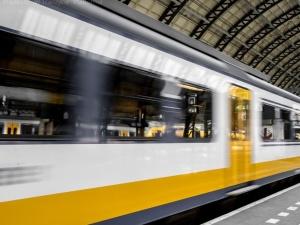 W 2023 r. pojedziemy polską koleją z prędkością do 250 km/h