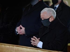 Patryk Jaki publikuje szokujący hejt na J. Kaczyńskiego. Wg. Facebooka to nie narusza standardów firmy