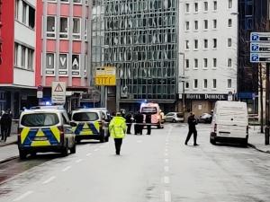 Atak nożownika we Frankfurcie! Trzy osoby ciężko ranne