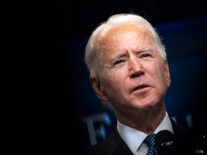 Joe Biden rozmawiał telefonicznie z  Władimirem Putinem. Jakie tematy poruszyli?